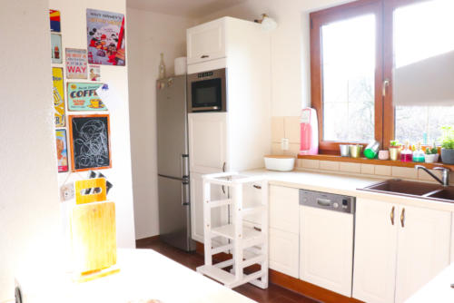 Premaľovaná kuchynská linka na bielo